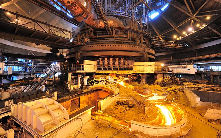 铝冶炼行业上半年实现利润同比增长700%