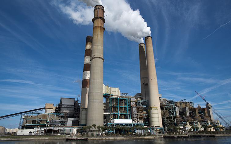 电解铝企业终于翻身了,每吨利润5000元以上!