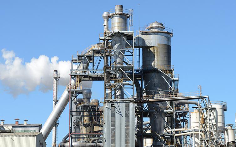 全球氧化铝产量加速增长
