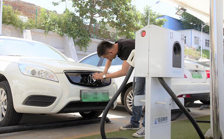 新能源车市场带动铝箔需求:订单排到明年,价格创15年新高